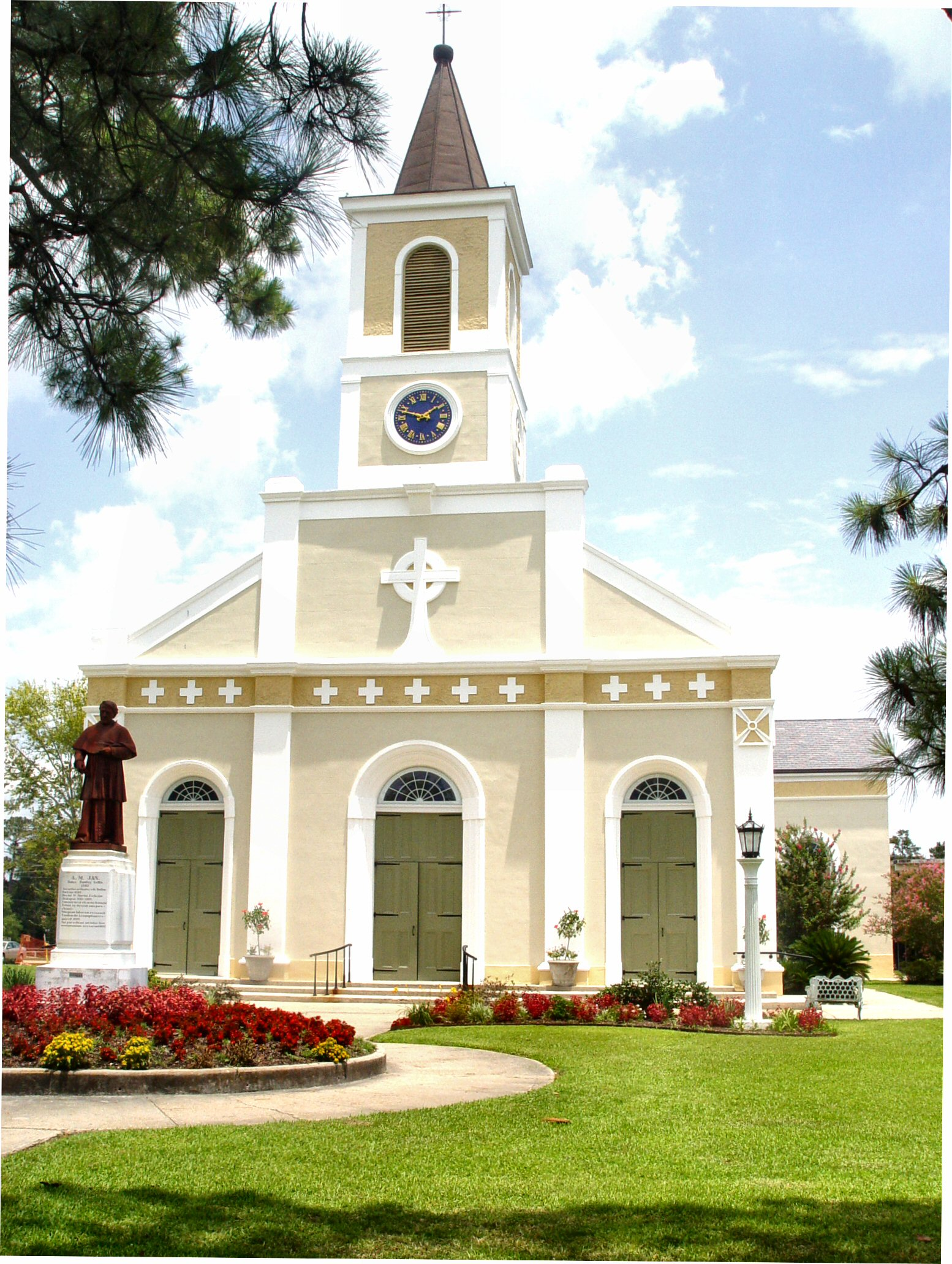 SAINT MARTIN DE TOURS CATHOLIC CHURCH